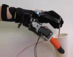 MIT creates device that gives you two additional robotic fingers