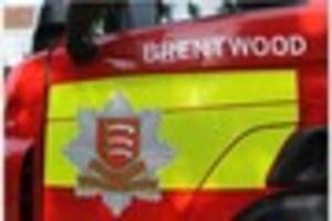 Fire crews tackle Navestock mobile home 'engulfed' by fire