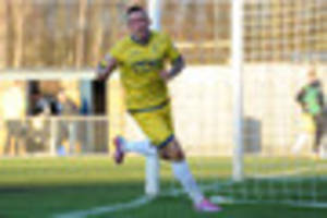Torquay striker Ryan Bowman resumes training after heart scare